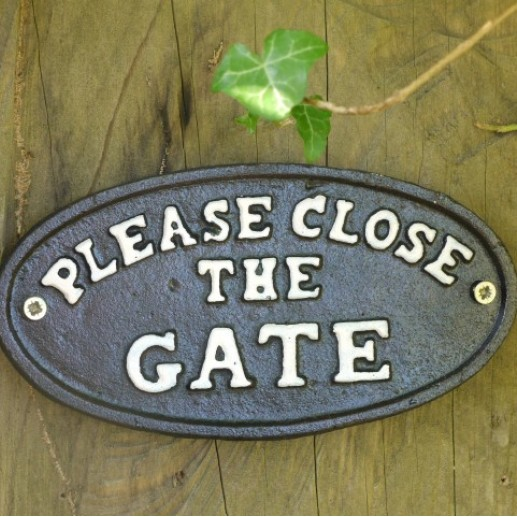 Cast Iron Sign - Please Close The Gate