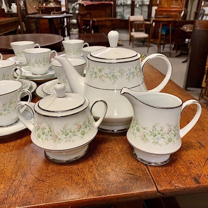 Noritake Savannah Tea Set