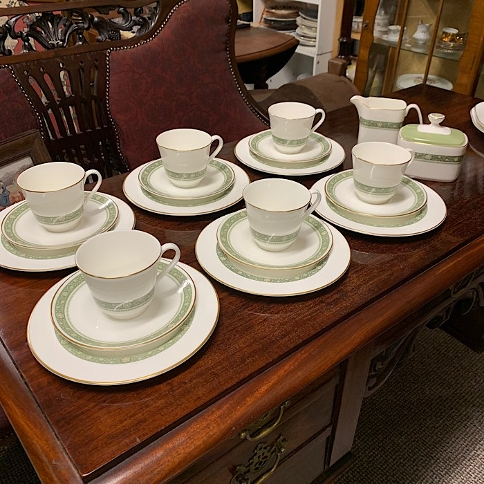 Royal Doulton Rondelay Tea Set