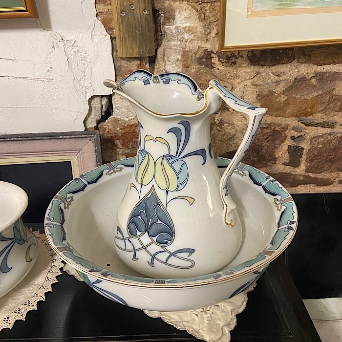 Staffordshire Art Nouveau Porcelain Wash Jug & Bowl And Chamberpot
