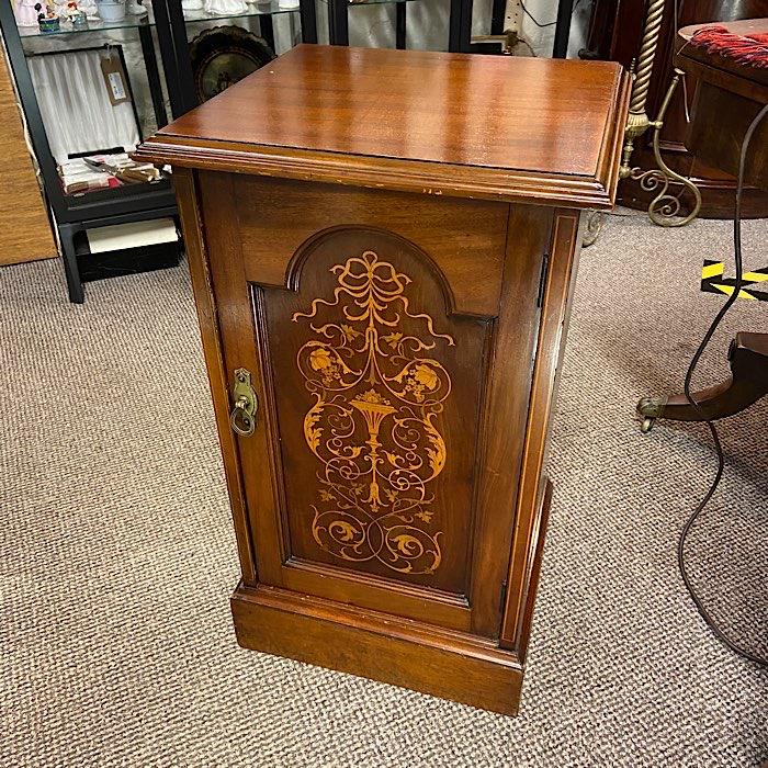 Victorian Mahogany & Marquetry Inlaid Pot Cupboard