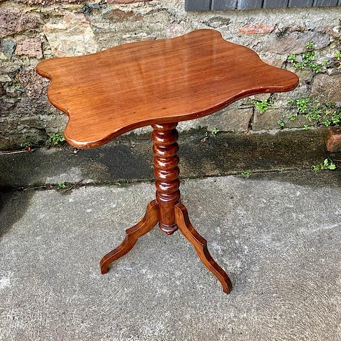 Victorian Mahogany Tilt Top Tea Table