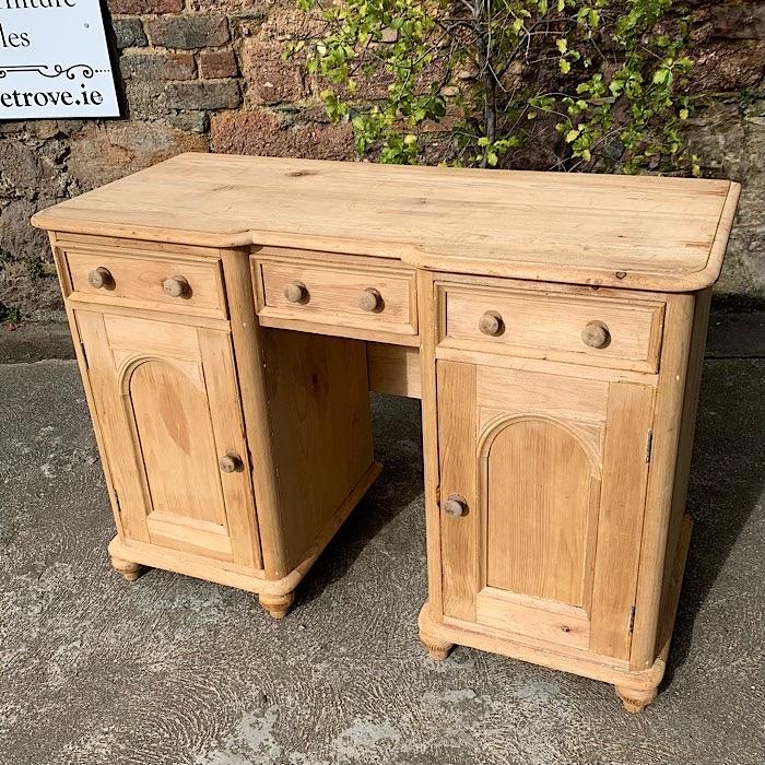 Victorian Style Pine Washstand