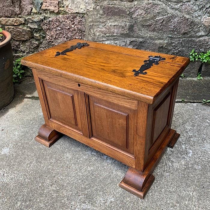 Vintage Heavy Oak Blanket Box