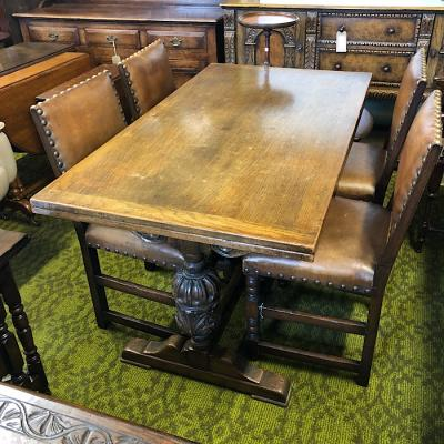Carved Solid Oak Extending Dining Table With 4 Chairs