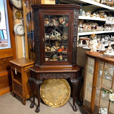 Chippendale Style Corner Cabinet