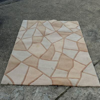 Cream Rug with paving pattern