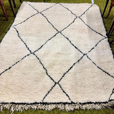 Beni Ourain Deep pile hand-knotted cream rug
