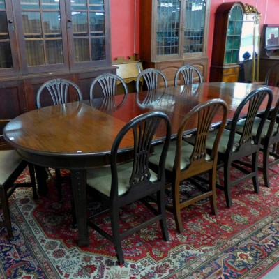 Edwardian Hepplewhite Revival Mahogany Extending Dining Table & Ten Chairs