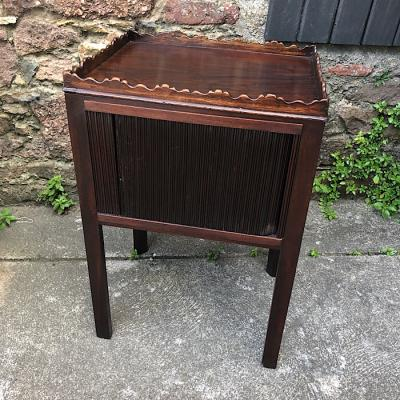 Georgian Mahogany Night Stand