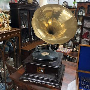 His Masters Voice Gramophone