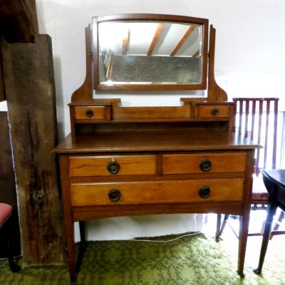 Arts and Crafts Style Dressing Table