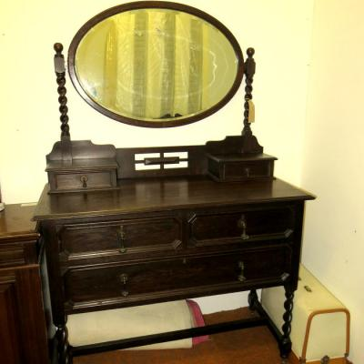 Dark Oak Dressing Table