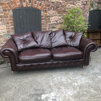Large Leather Chesterfield Style Sofa Bed