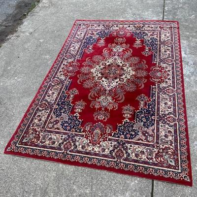 Large Traditional Style Red & Cream Rug