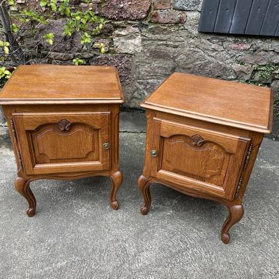 Pair Continental Oak Night Night Stands