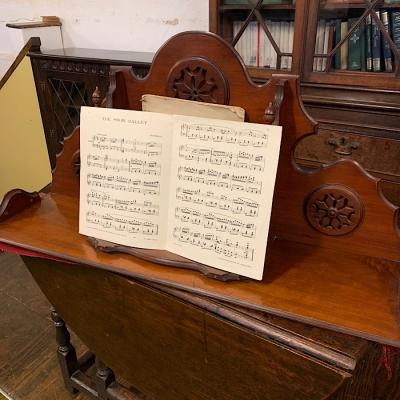 Piano Top Music Stand