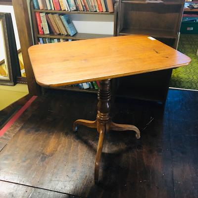 Rectangular Tilt Top Table