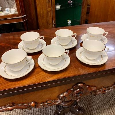 Royal Worcester Gold Chantilly Part Set