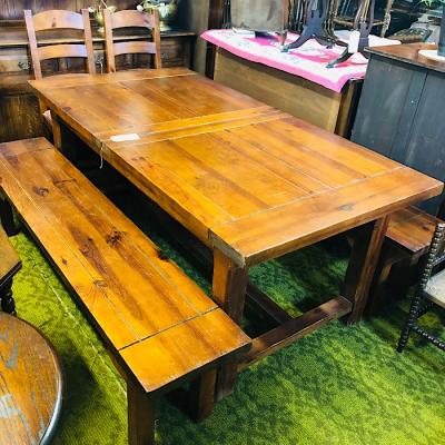 Rustic Pine Extending Farmhouse Table & Benches