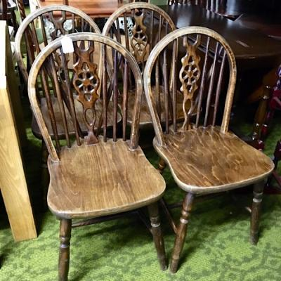 Set Of 4 Wheelback Kitchen Chairs