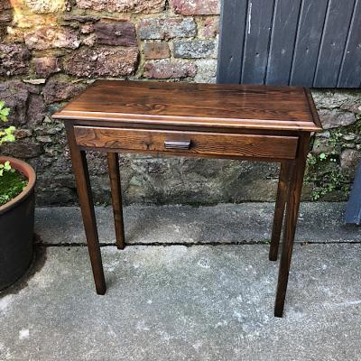 Single Drawer Oak Side Table