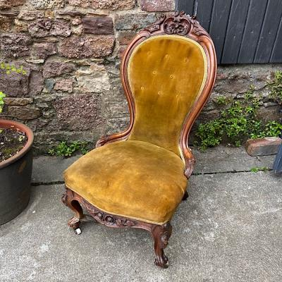 Victorian Carved Walnut & Upholstered Lady's Spoonback Chair