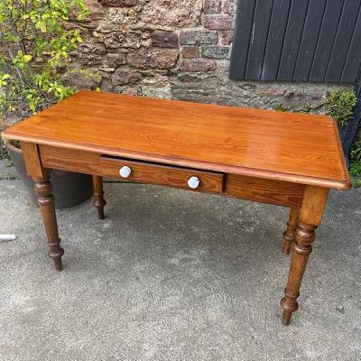 Victorian Pitch Pine Single Drawer Side Table