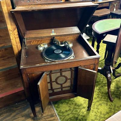 Vintage Dulcetto Gramaphone Cabinet