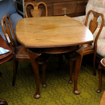 Walnut Dining Table with Four Chairs