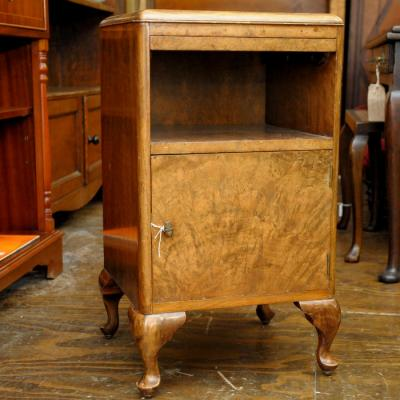 Walnut Pot cupboard locker